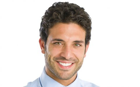 Cirurgia de calvície: tire suas dúvidas sobre transplante capilar