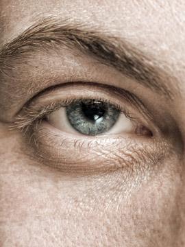 Elevação de sobrancelhas